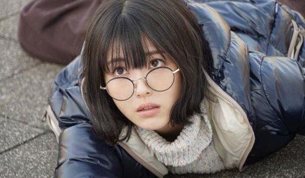 浜辺美波ウチカレのメガネブランドは?かわいい画像付きで紹介!